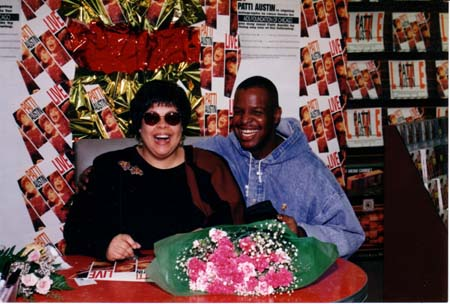 Patti Austin signing records at Rose Records in Chicago in 1993.